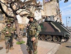 Вооруженные люди в масках застрелили полицейского в Триполи