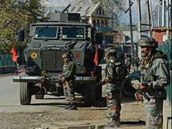 В ходе боев в Кашмире погибли 2 военных и уничтожены 3 повстанца