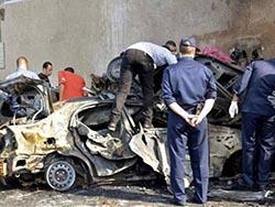 В результате взрыва возле своего дома погиб египетский полицейский