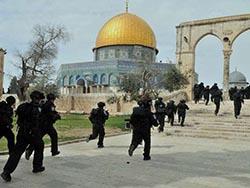 Полиция Израиля штурмовала святое место при разгоне беспорядков