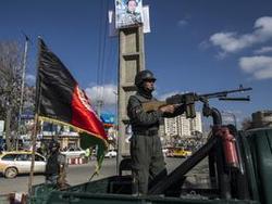Террорист-смертник убил 6 полицейских в МВД Афганистана