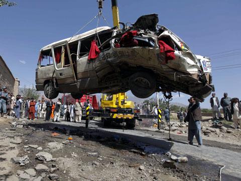 Взрыв автобуса в Афганистане