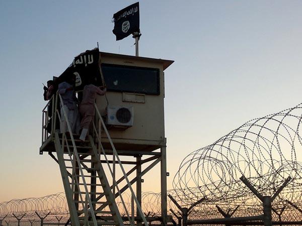 Египет: террорист-смертник убил солдата на КПП