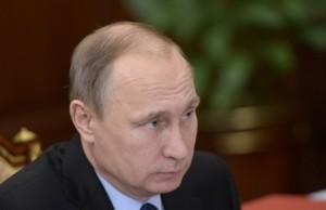 Рабочая встреча президента РФ В. Путина с губернатором Белгородской области Е. Савченко
