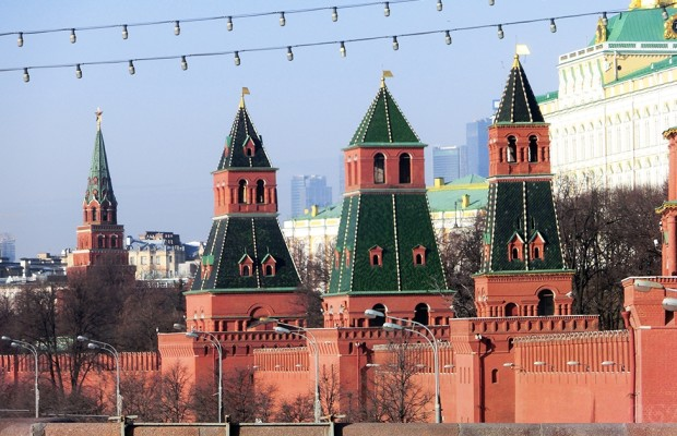 kreml otvetil makronu